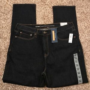Old Navy NWT Athletic Dark wash Jeans size 38x32